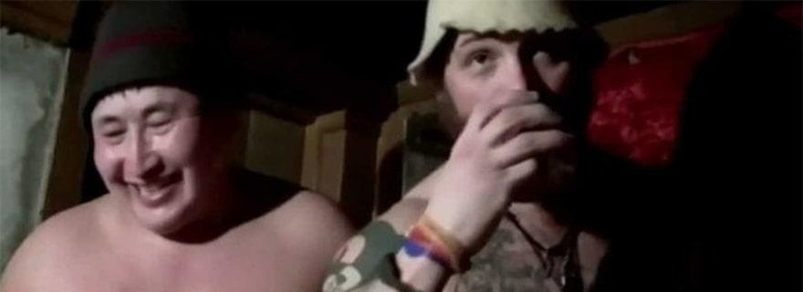 Том Харди пьет в Сибири
